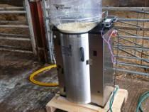 computerised calf feeders